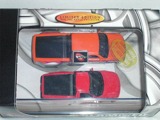 2003 100% Hot Wheels Slammed Chevy Ford Trucks NEW 074299572821